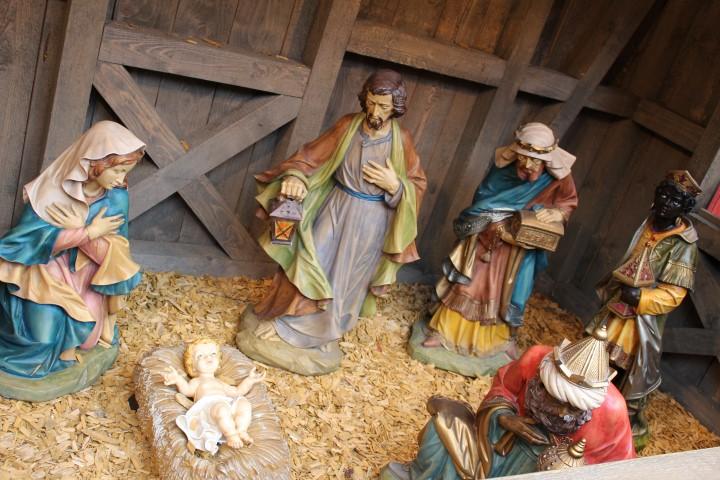 Die Krippe auf dem Lübecker Weihnachtsmarkt