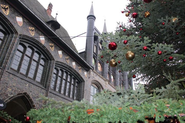 luebeck-weihnachtsmarkt-kunsthandwerker-markt-heiligen-geist-hospital-3
