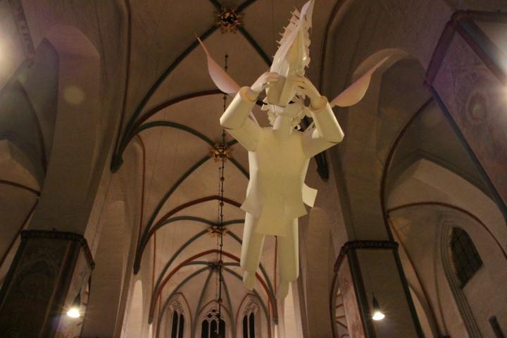 maritimer-weihnachtsmarkt-luebeck-kirche-4
