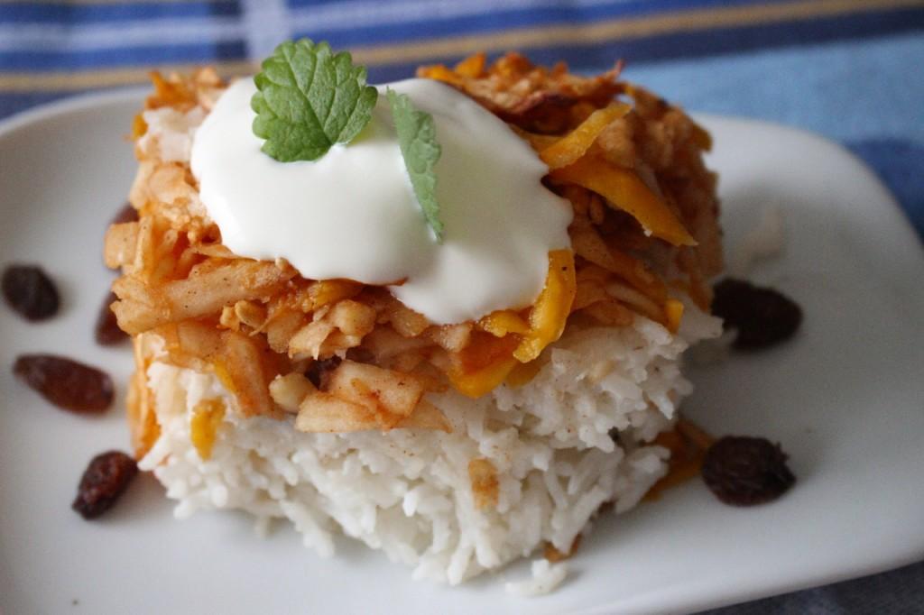 Gesunde Ernährung, Winter Luxury Kürbis mit Äpfeln auf Reis: Vegan, Rezept
