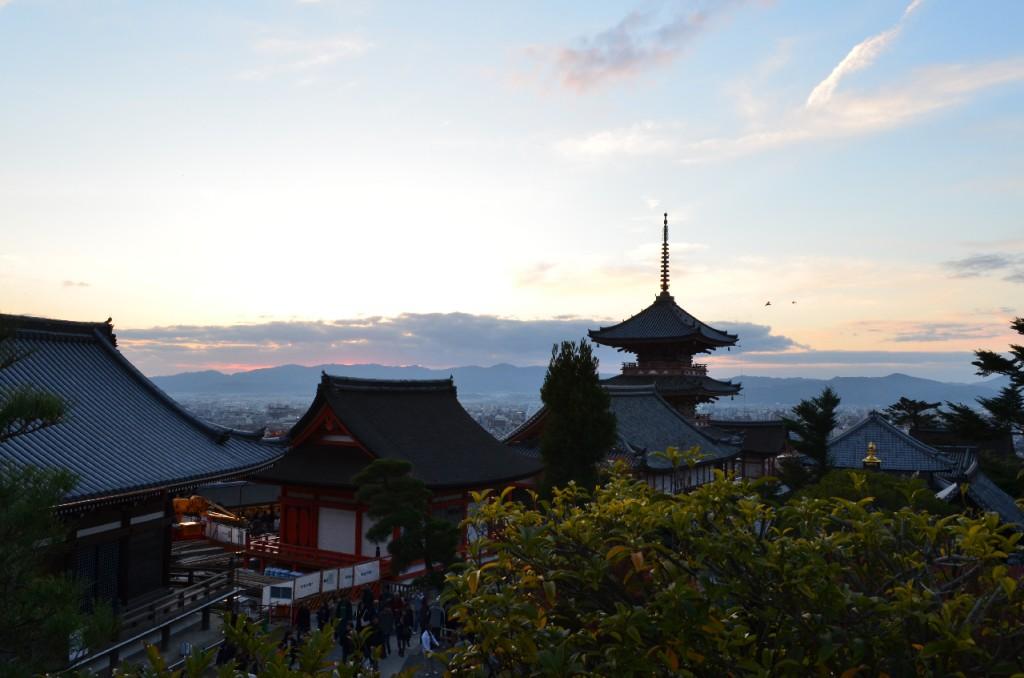 Kyoto-Kiyomizu-dera-Tempel-herbst-koyo-autumn_2