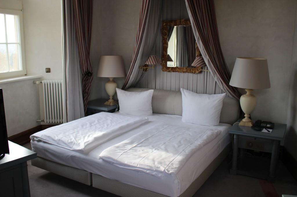Suite-Victors-Residenz-Schlosshotel-Berg