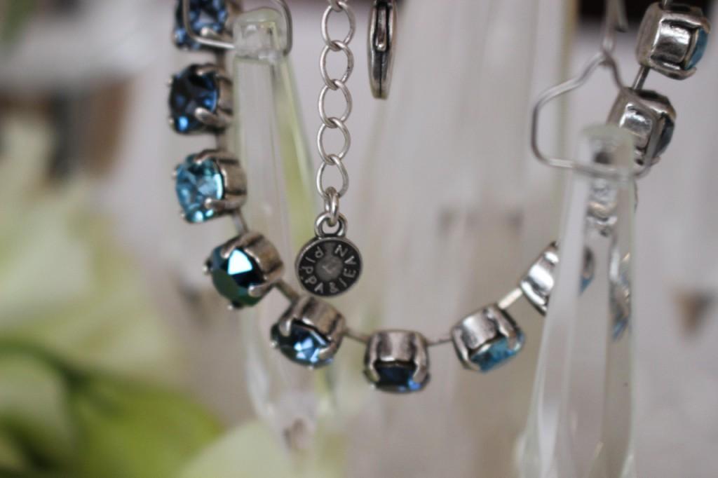 pippa-jean-kette-schmuck-aurelia-blue-diamond_5