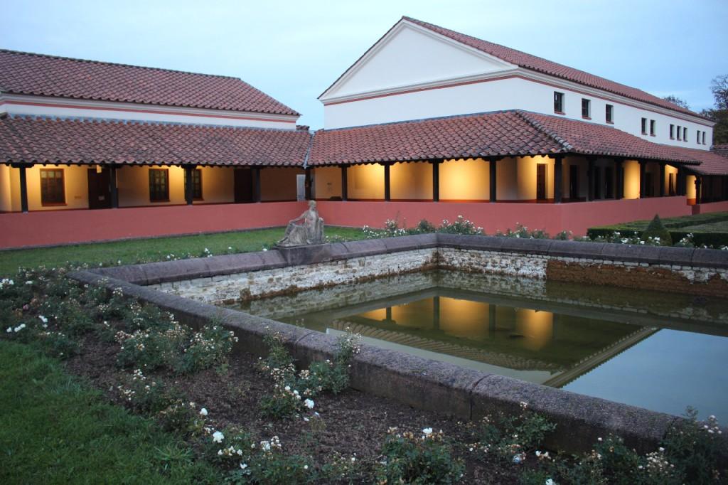 villa-borg-perl-rom-victors-schloss-tipp (8)