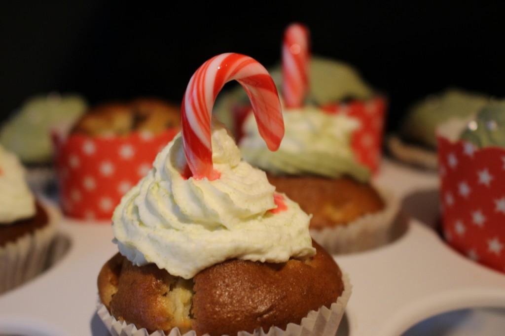 vegan-christmas-muffins-apfel-zimt-ohne-zucker (5)