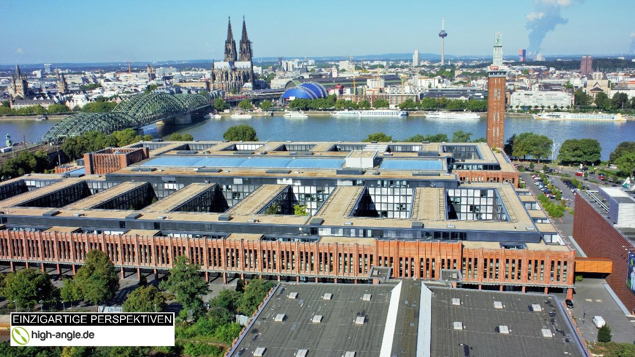 Koeln-Drohne-Aufnahme-Rheinbruecke-Rechte-Sicherheit