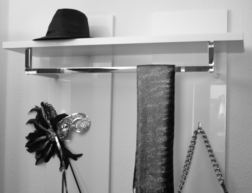 kunst ist leben design ist kunst. Black Bedroom Furniture Sets. Home Design Ideas