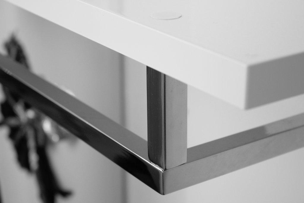 delife-design-moebel-shop-erfahrung-wandgarderobe-weiss (7)