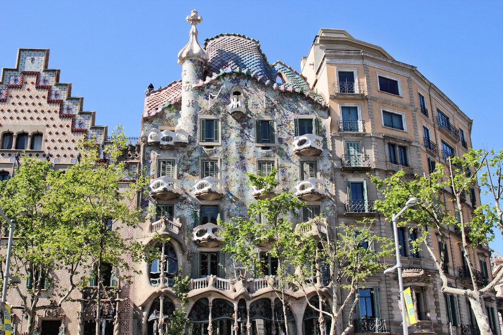 casa-batlló-gaudí-barcelona-sightseeing run (3)