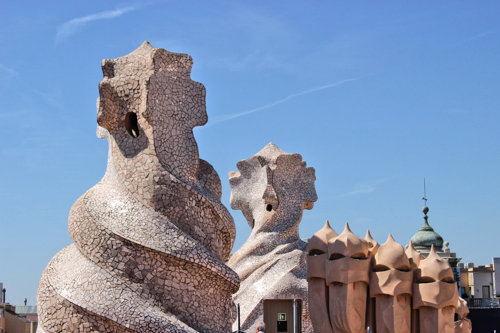 la-padrera-barcelona-sightseeing-casa-mila-run (6)