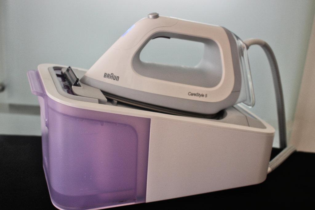 braun-CareStyle-5-test-erfahrung-dampf-bügel-eisen (19)