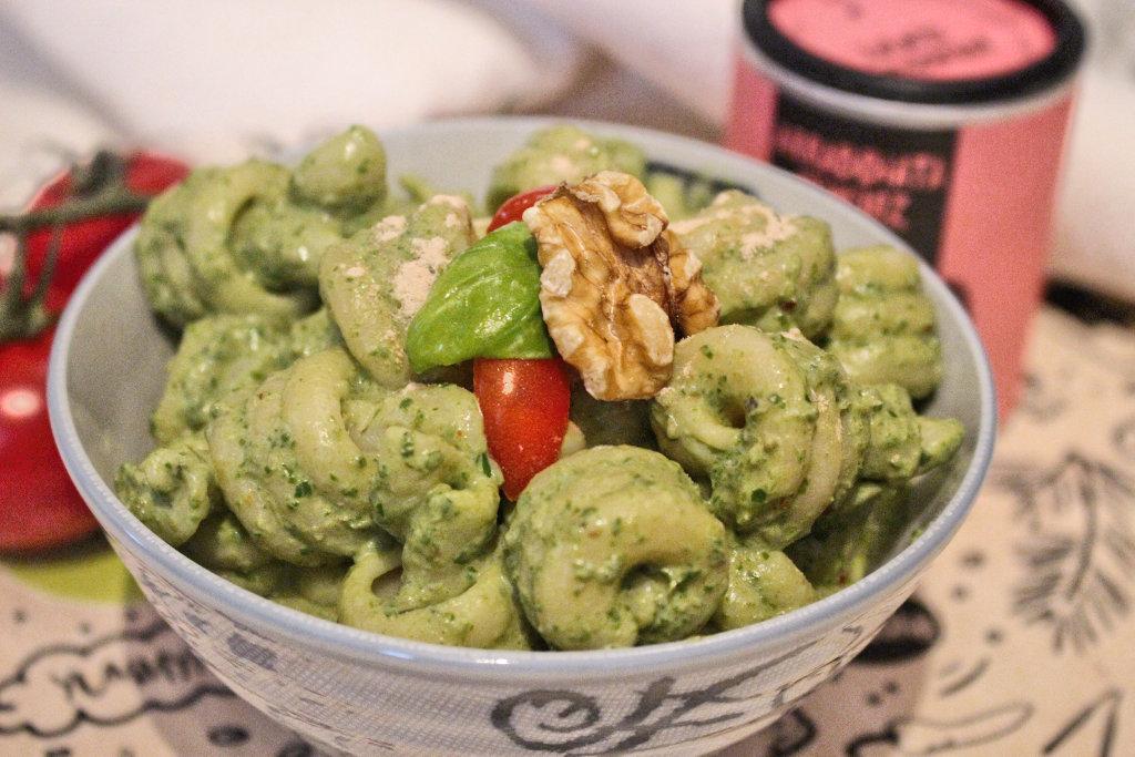 avocado-pesto-rezept-vegan-walnuesse-lecker-einfach (3)