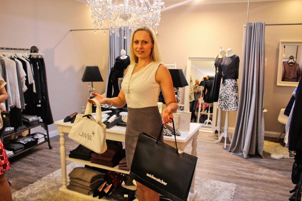 bad-driburg-blogger-shopping-event-shoppingnight-sommernacht-fashionblog-bielefeld-seidensticker-juvia-von-haaren (5)