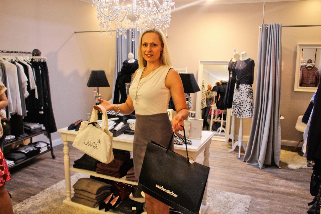 bad-driburg-blogger-shopping-event-shoppingnight-sommernacht-fashionblog-bielefeld-seidensticker-juvia-von-haaren (5)