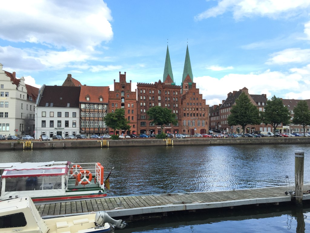 luebeck-schleswig-holstein-trave-kanal-german-city (10)
