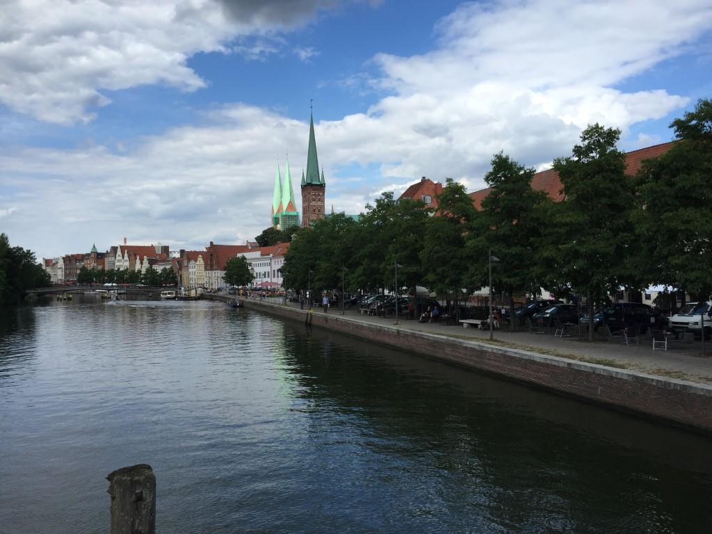 luebeck-schleswig-holstein-trave-kanal-german-city (5)