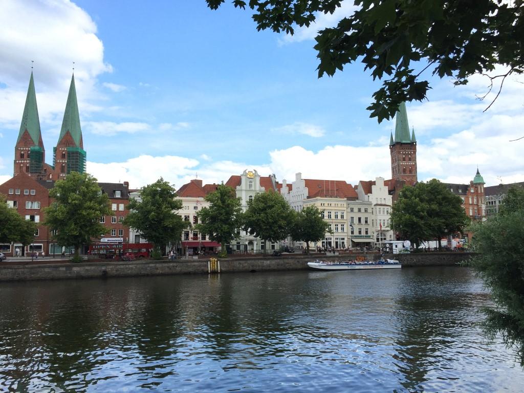 luebeck-schleswig-holstein-trave-kanal-german-city (9)