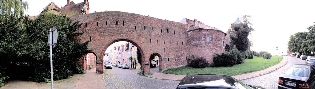 Stadtbefestigung Lübeck in Schleswig Holstein - Burgtor
