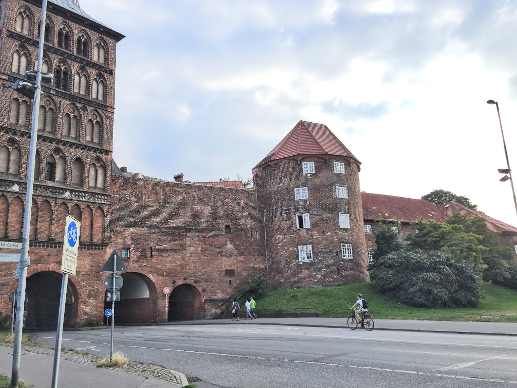 stadtbefestigung-luebeck-altstadt-burgtor-burgstrasse-schleswig-holstein (7)
