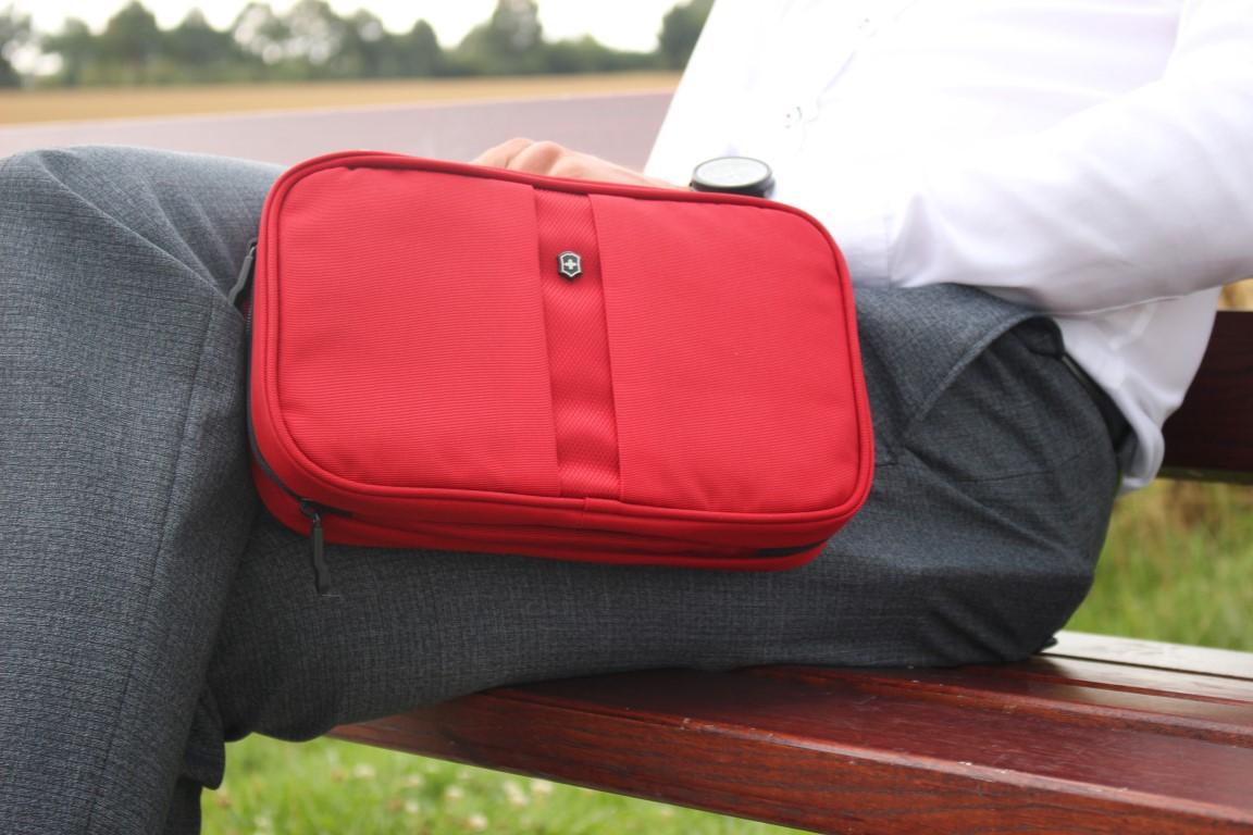 business-man-travel-accessoire-kosmetiktasche-toiletry-bag-victorinox (2)