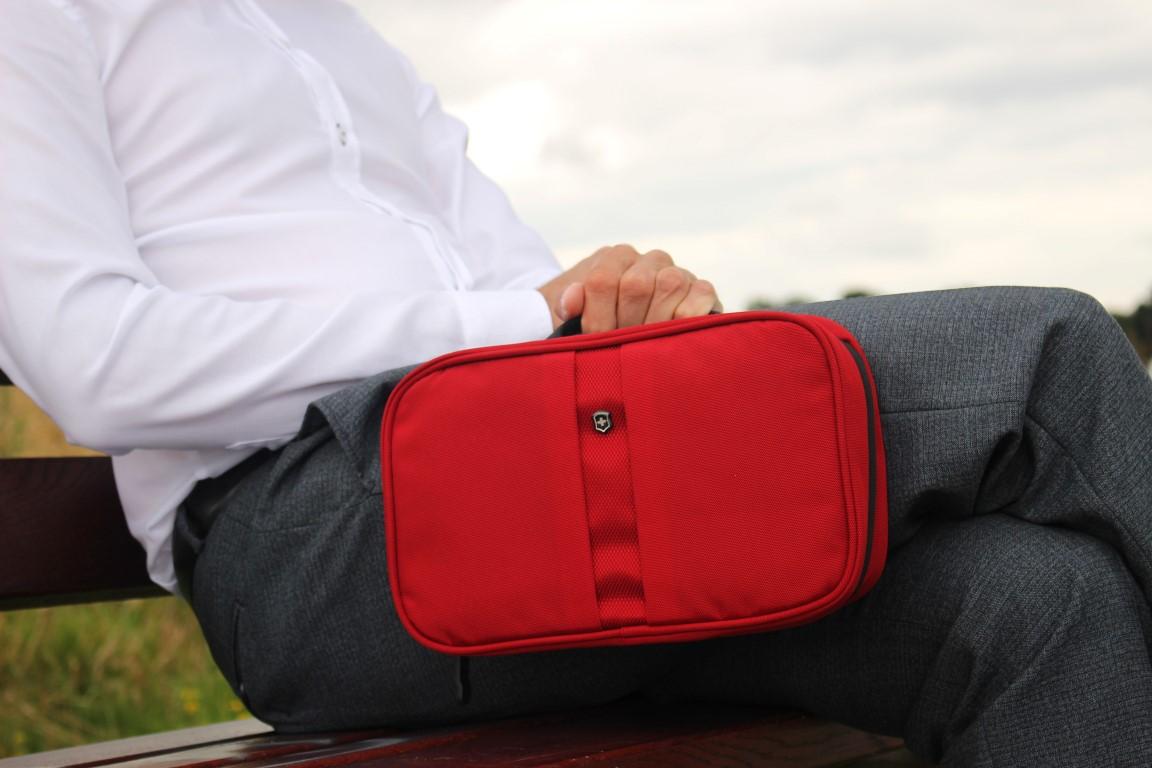 business-man-travel-accessoire-kosmetiktasche-toiletry-bag-victorinox (3)