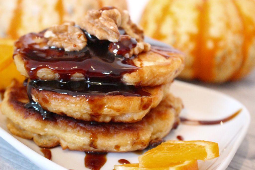 Vegane Kürbis Pfannkuchen mit Kokos aus Longue de Nice Kürbis [Rezept]
