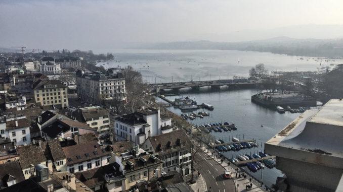 Der Zürichsee von oben