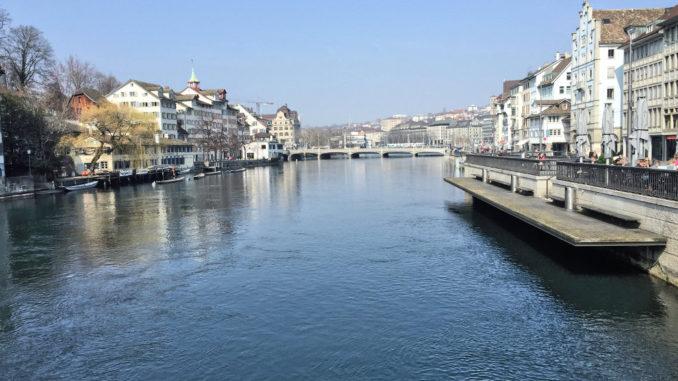 Die Limmat vom Zürichsee aus