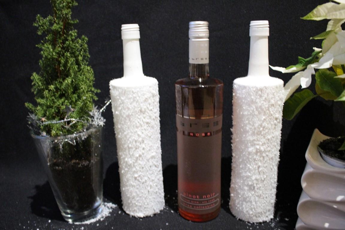 Anzeige diy weihnachtsdeko mit weinflaschen von bree wein chocolate babka - Leere flaschen dekorieren ...