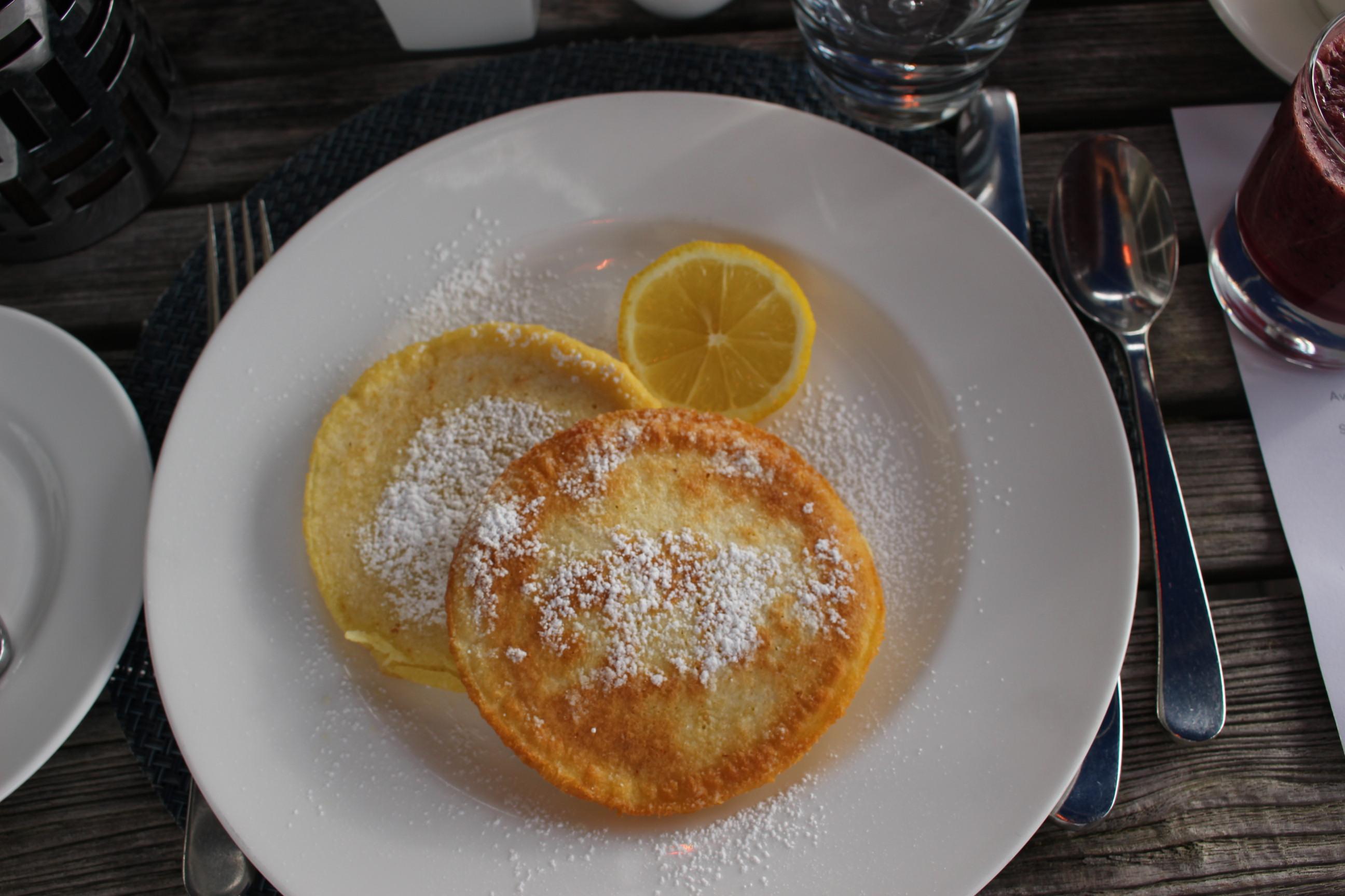 Pancakes mit Zitrone