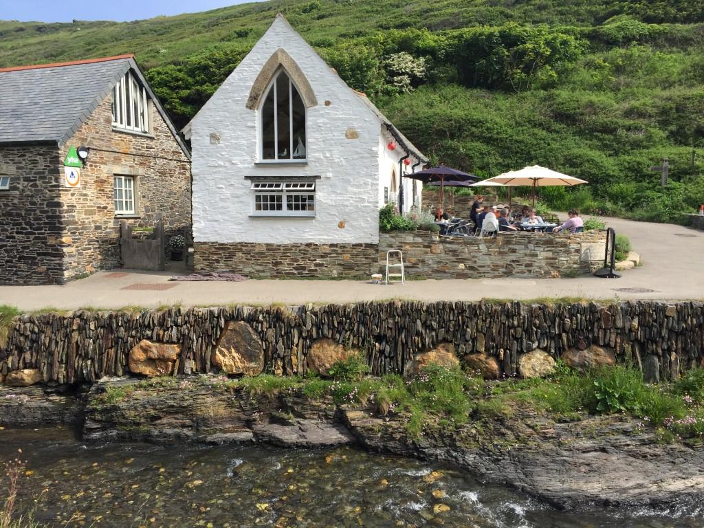 Ein Café in Boscastle, wunderschönes Cornwall