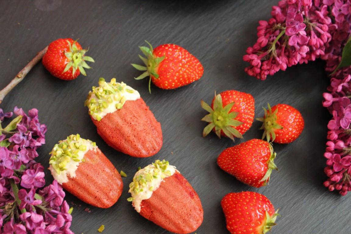 Erdbeer Madeleines mit weißer Schokolade Rezept []Vegan]