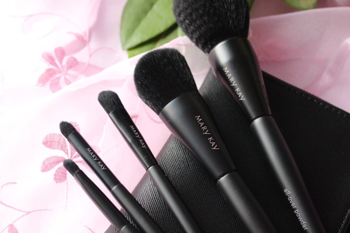 Essential Brush Collection von Mary Kay