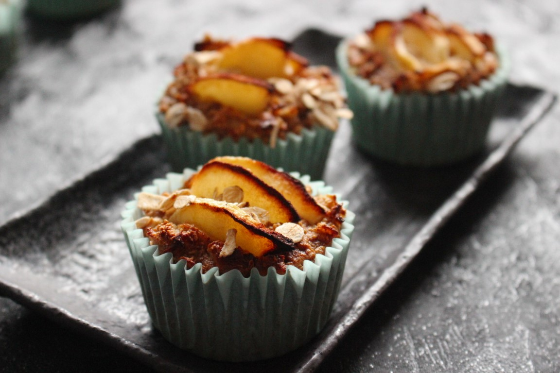 Gesunde Apfel-Haferflocken-Muffins ohne Zucker [Rezept]